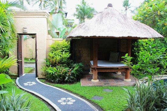 Furama Villas & Spa Ubud: Room