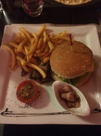 Le Prieure : Hamburger-Frites