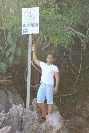 Almada Beach: Victor meirelles