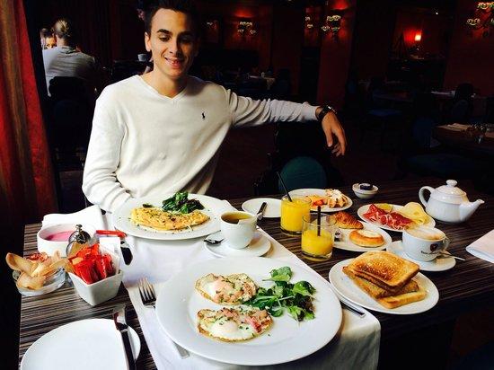Buddha-Bar Hotel Prague: Petit déjeuner