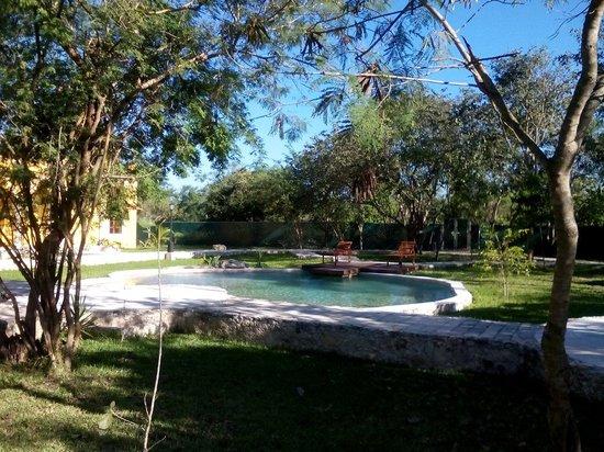 Hotel Hacienda Noc Ac: One of the pools