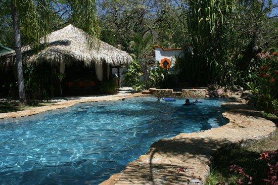 Villas Kalimba: Pool and Ranchero