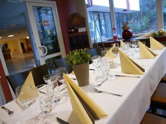 UVS hotel: Big dinner in restaurant