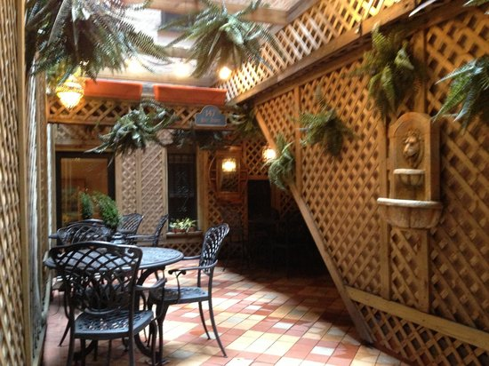 Casablanca Hotel by Library Hotel Collection: Courtyard oasis.