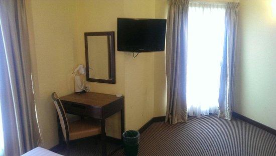 Hotel Sentral: Bedroom at Sentral KL Hotel