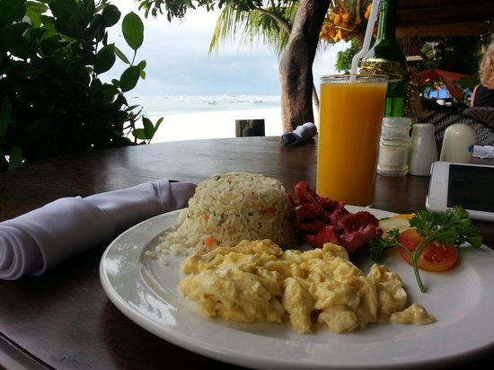 Alona Tropical Beach Resort: filipino breakfast