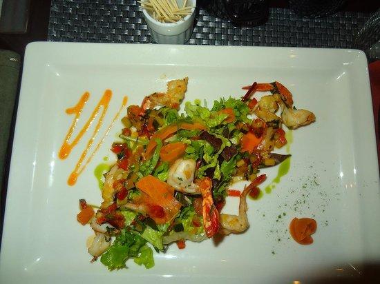 Caffé Bianco : シーフードサラダは絶品でした