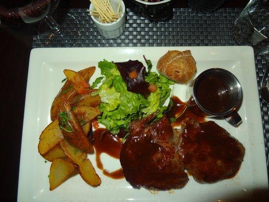 Chez Laeticia : アンガス牛のソテー