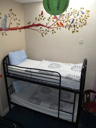 MacGabhainns Backpacker Hostel: Twin room