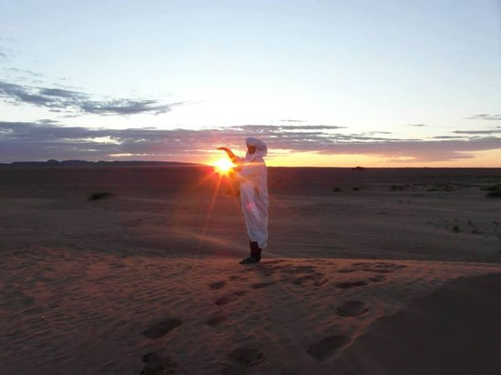Morocco Culture Tours: Enjoying in the dunes