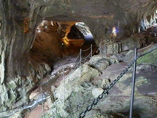 Venta de Etxalar : cuevas de zugarramurdi