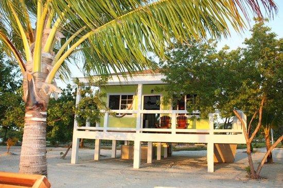 Coco Plum Island Resort: Our cabana (Pescado)