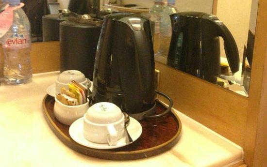 Regal Hongkong Hotel: Room amenities