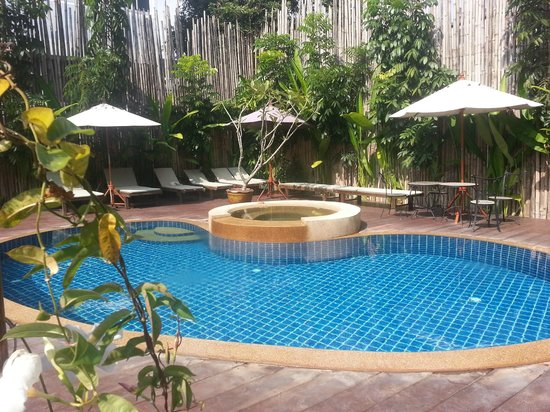 Estia Chiang Mai Hotel: Small pool but perfect for hot days