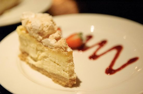 River Bar Steakhouse & Grill : Sicilian lemon cheesecake
