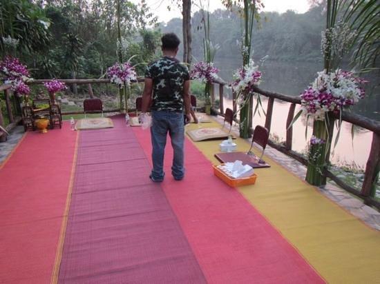 Xanadu  2008 : Preparations for a wedding at Xanadu
