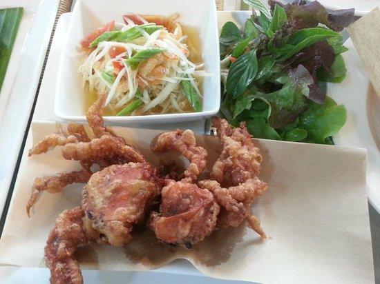 W by Wanlamun : Papaya salad and fried baby crabs