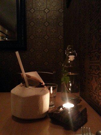 Pamika Brasserie Thai : Coconut water soooo fresh