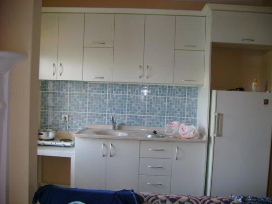 Gultepe Apartments : Кухня