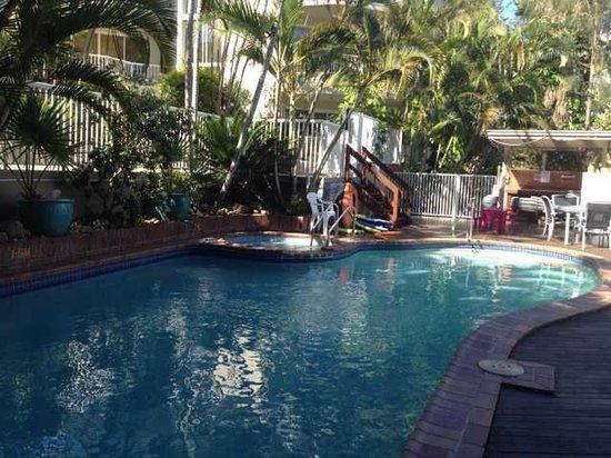 Surfers Del Rey Apartments