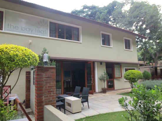 The Bay Leaf Boutique Hotel : outside the hotel