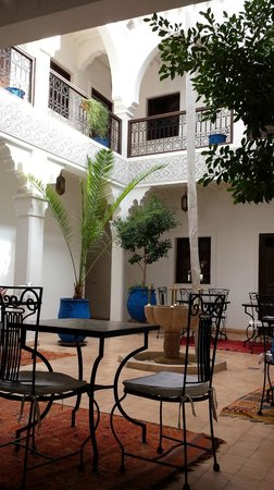 Riad Shaloma : patio