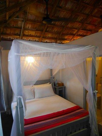 EKA Beach: Our lovely room