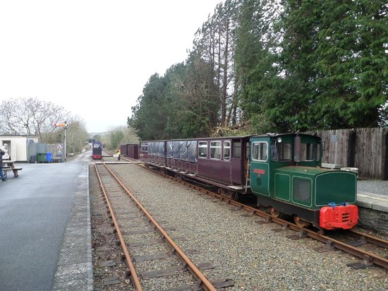 Waterford & Suir Valley Railway: The 14.00 departure awaits.