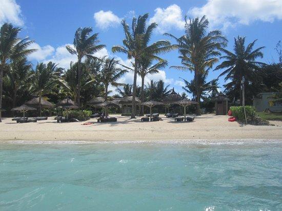 Ocean Villas: Plage de l'hôtel