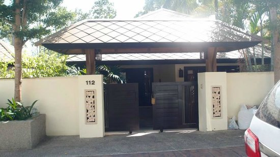 Kirikayan Luxury Pool Villas & Spa : Villa entrance