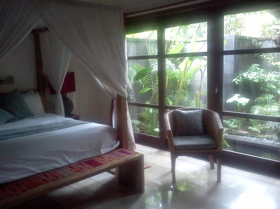Mango Tree Villas: Bedroom
