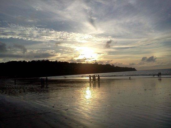 Mango Tree Villas : Jimbaran Beach at Sunset