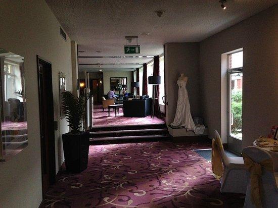 Mercure Maidstone Great Danes Hotel: reception