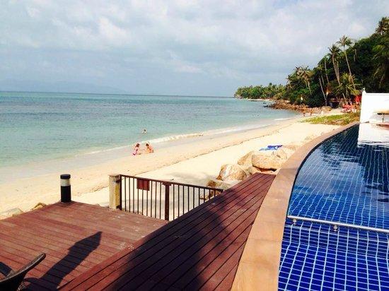 Lotus Samui : Pool to beach
