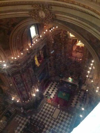 Basílica de San Juan de Dios: desde arriba en la boveda