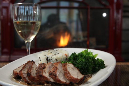 The Lakehouse Inn: Grilled Pork Tenderloin from Crosswinds Grille