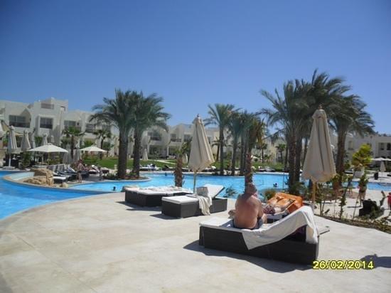 Le Royal Holiday Resort: warm pool