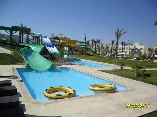 Le Royal Holiday Resort: slides