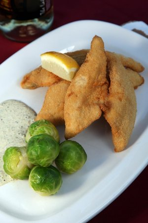 The Lakehouse Inn: Fried Lake Erie perch from Crosswinds Grille