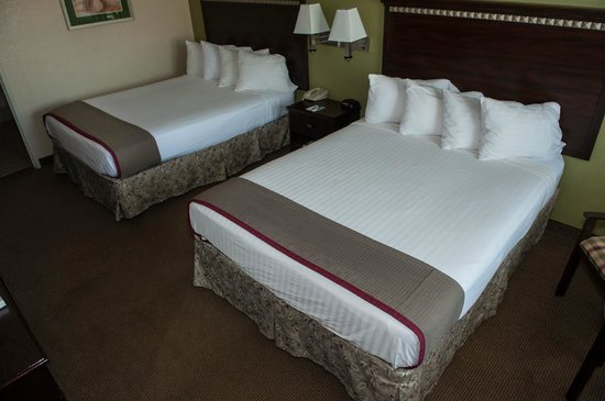 BEST WESTERN Anthony/West El Paso: Two queen bedded rooms