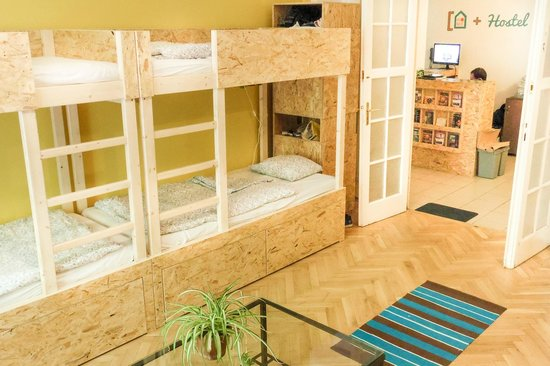 Home Plus Hostel: Room