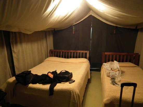 Ol-moran Tented Camp: Sitio para las camas y poco más.