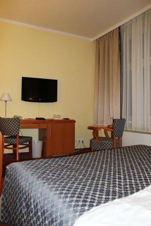 hotel astoria praga: