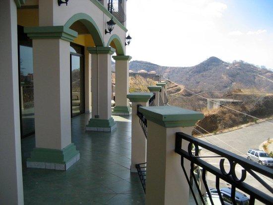 Hotel Chantel: penthouse patio