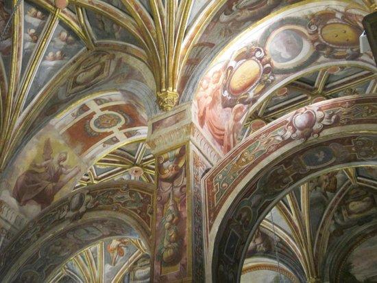 Moschee-Kathedrale (Mezquita de Córdoba): Beautiful painted ceiling