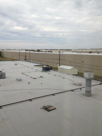 DoubleTree DFW Airport North: View is so-so, but it's near the airport, so really...