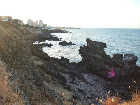 Dragon Head Rock (Yongdu-am): Scenic view you can't miss with a mini hiking trail.