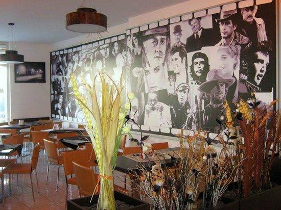Myconos Cafe