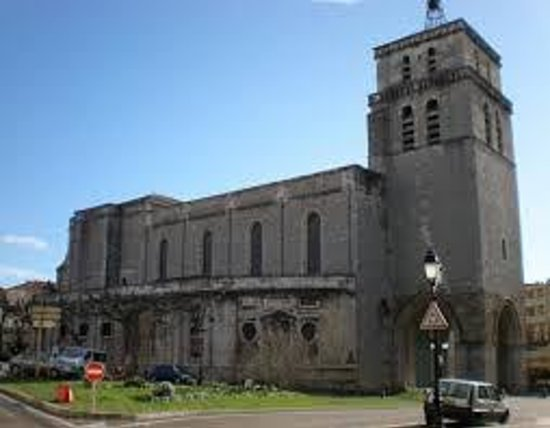 Ibis Ales Centre Ville : Cathédrale St Jean Baptiste