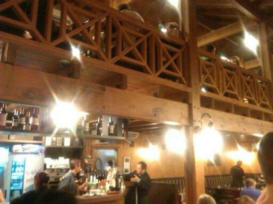 Aqva Restaurant: sala con soppalco
